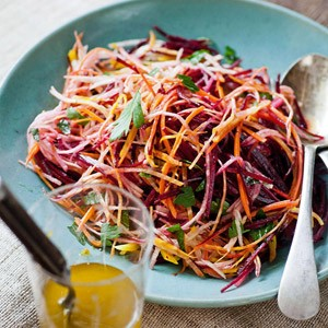 beet-carrot-apple-salad-R174234-ss